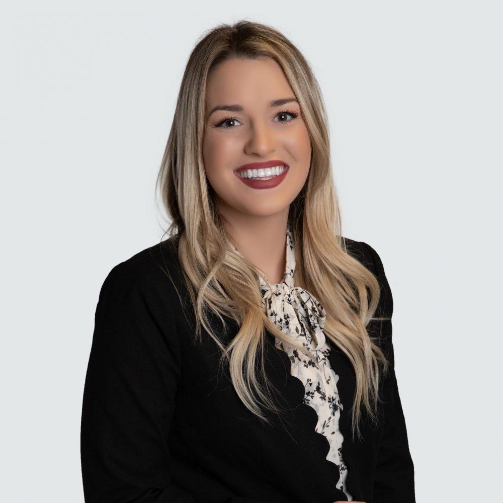 Kelsey Paterson Headshot 2020 - Interior Design Team